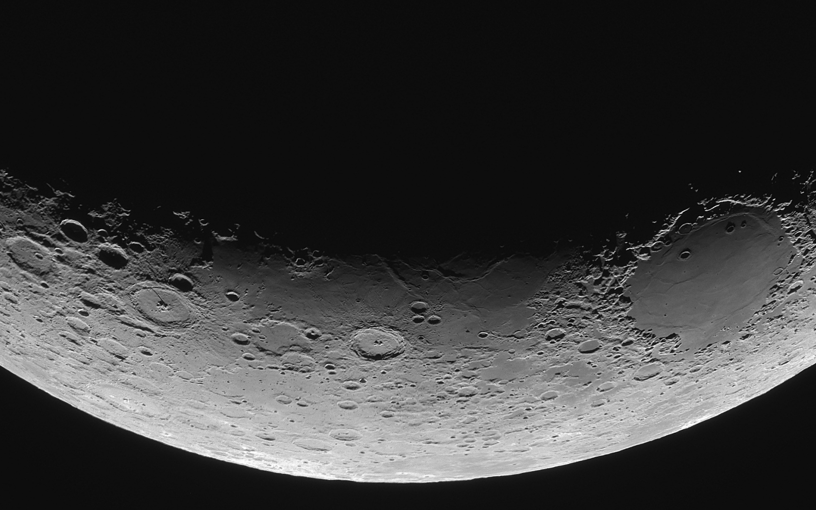 Moon_close_up