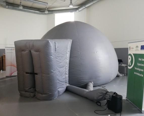 Planetario 'El Viaje de iO'